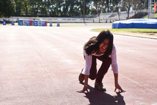 Merecido homenaje: la recta de la pista de atletismo del Estadio Municipal lleva el nombre de Yanina Martínez