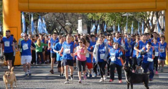 Cuarto Maratón AEC: Julian Molina se quedó con los 8 kilómetros