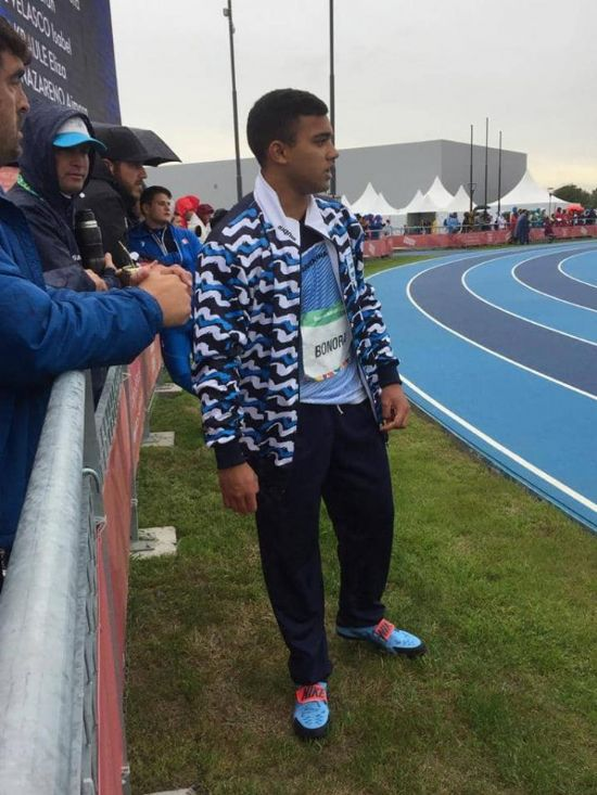 Juegos Olìmpicos de la Juventud,  BONORA: QUINTO EN DISCO