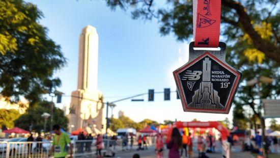 Con un clima soñado, se realizó la 19° Media Maratón Ciudad de Rosario