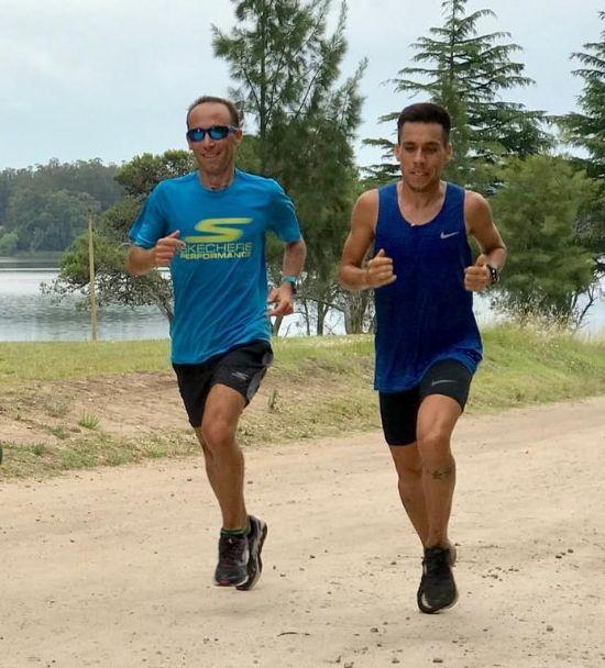 Julian Molina entrenando con el olímpico Mariano Mastromarino